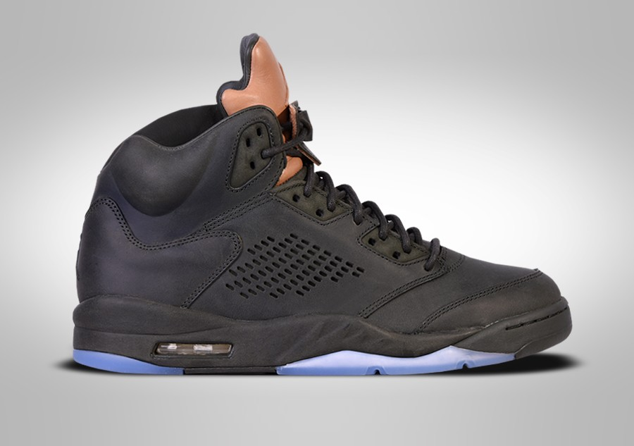 NIKE AIR JORDAN 5 RETRO PREMIUM TAKE FLIGHT price €467.50
