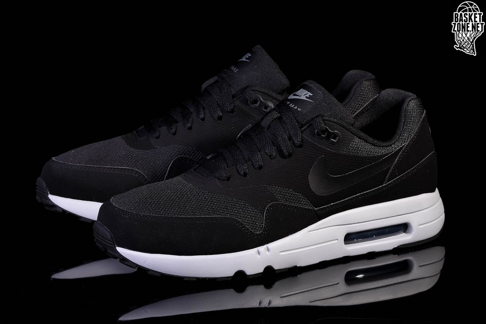 New Air Max 1 Ultra 2.0 Essential Sneakers NWT