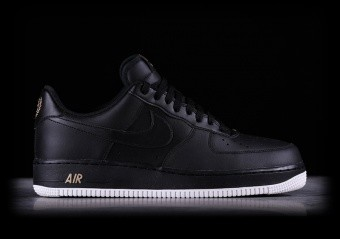 finest selection 630c8 05595 NIKE AIR FORCE 1 07 BLACK