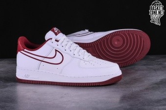 89666672f7f5 NIKE AIR FORCE 1  07 LEATHER WHITE pour €97