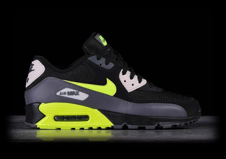 outlet store 56ab0 d8aed NIKE AIR MAX 90 ESSENTIAL BLACK VOLT