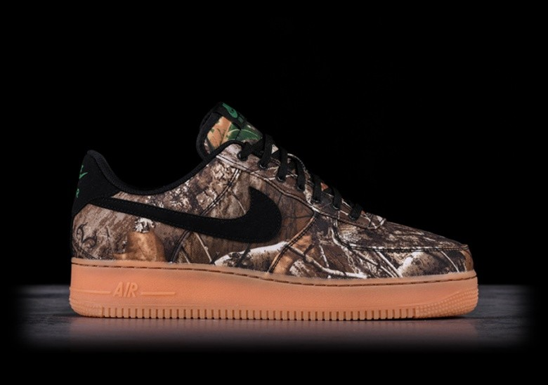 b01ada269ab542 NIKE AIR FORCE 1 '07 LV8 3 REALTREE BLACK für €102,50 | Basketzone.net