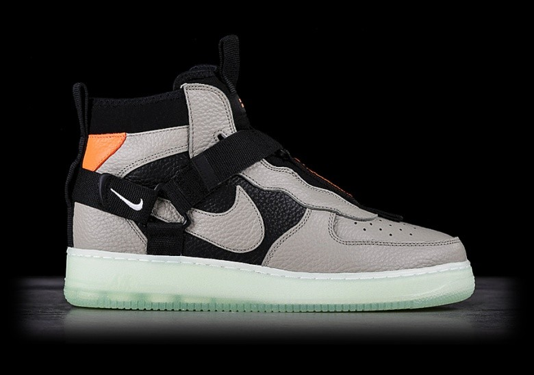 new concept e6966 16e3a NIKE AIR FORCE 1 UTILITY MID SPRUCE FOG
