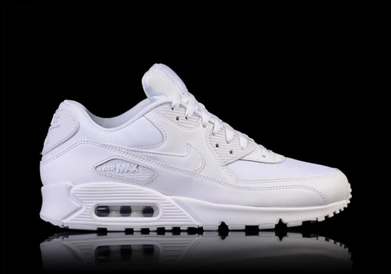 low priced 68159 358d7 NIKE AIR MAX 90 ESSENTIAL TRIPLE WHITE