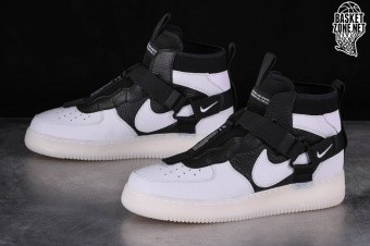 NIKE AIR FORCE 1 UTILITY MID ORCA price €145.00 |
