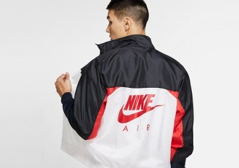 NIKE AIR JORDAN LEGACY AJ1 JACKET BLACK