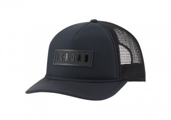 NIKE AIR JORDAN JUMPMAN AIR CLASSIC99 TRUCKER CAP BLACK